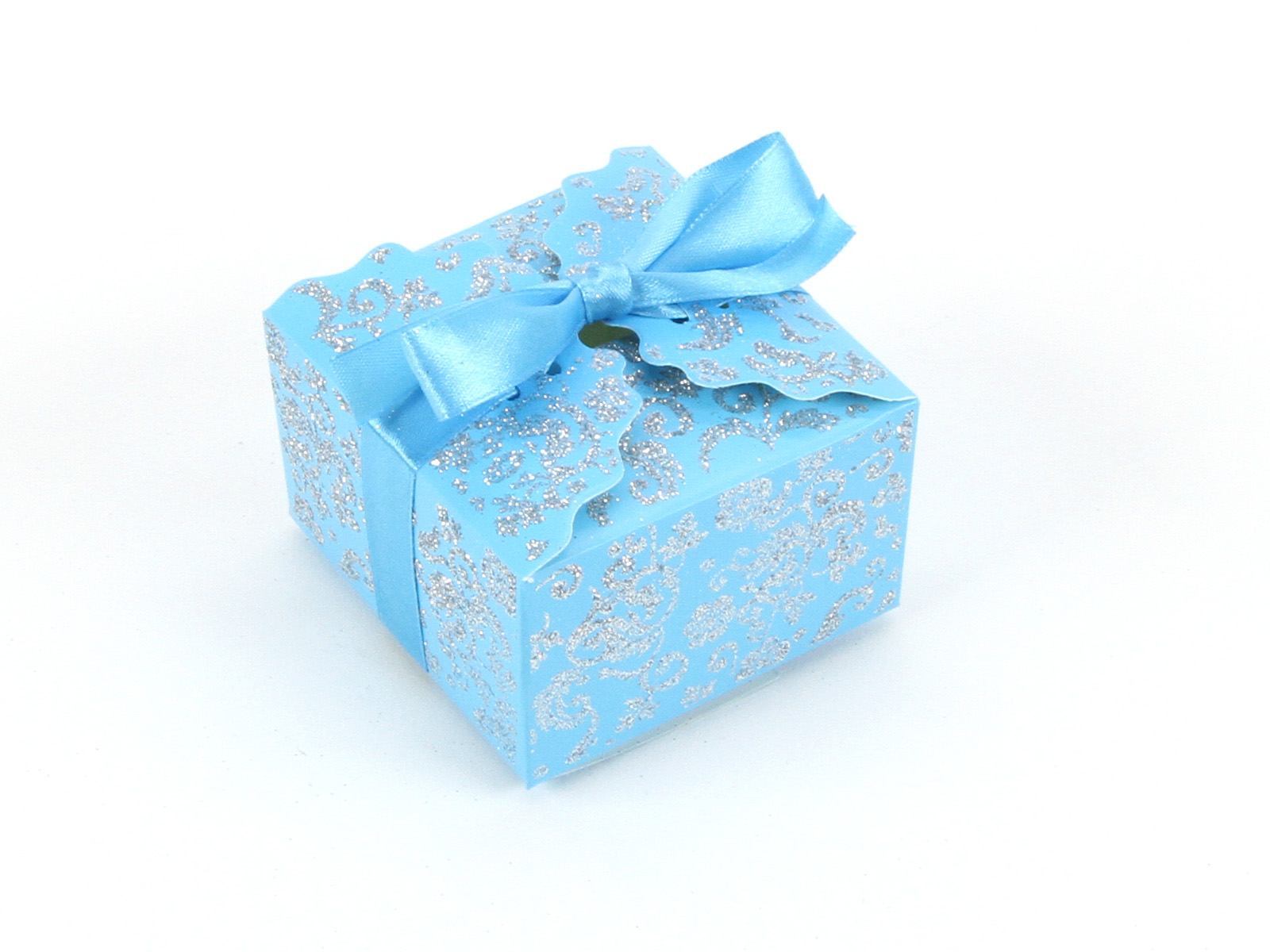 Aqua Wedding Favor Boxes : Calculating import charges shown at